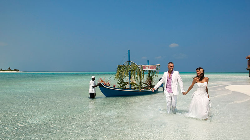 View more details about weddings holiday package at vacations maldives