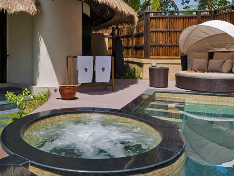 Beachfront Pool Villa gallery images