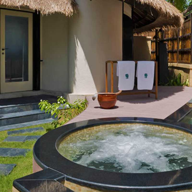Outdoor Jacuzzi of the hotel in Maldives