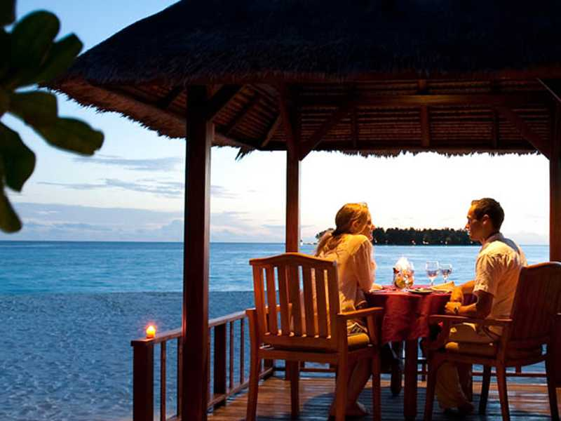 enjoy and relax with eye-catching views of the sea