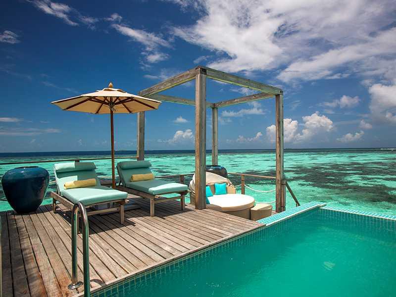 Royal Ocean Pool Suite gallery images