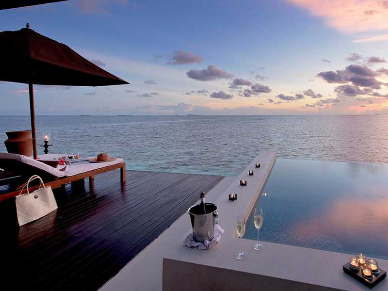 Sunset Water Suite gallery images
