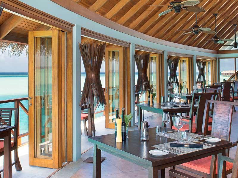 Dhigu Terrazo Ananthara restaurant in Maldives