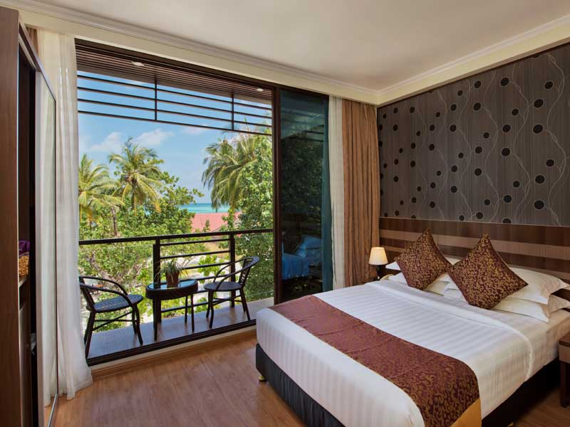 Deluxe Double Room With Balcony & Sea View gallery images
