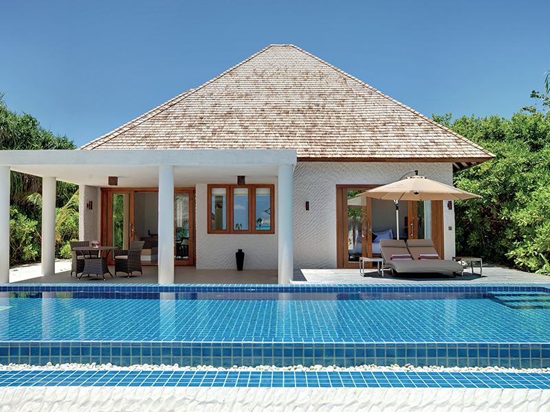 Deluxe Beach Residence With Pool gallery images