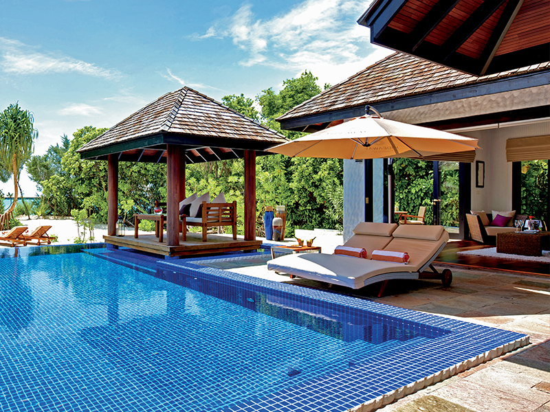 Family Villa With Pool gallery images